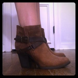 Mossimo ankle boots 9.5